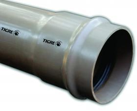 Tubos y conexiones de PVC